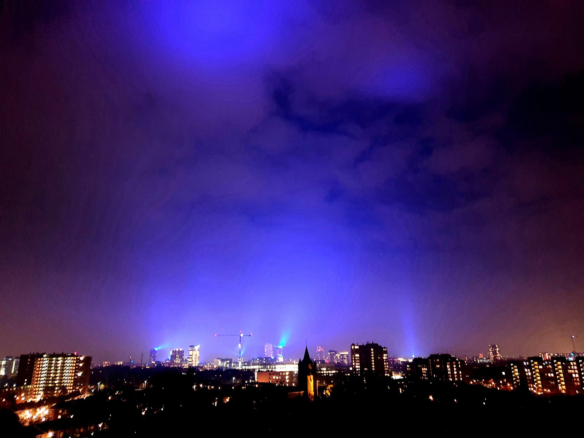 Blauw licht Helmond Eshter Schakenraad