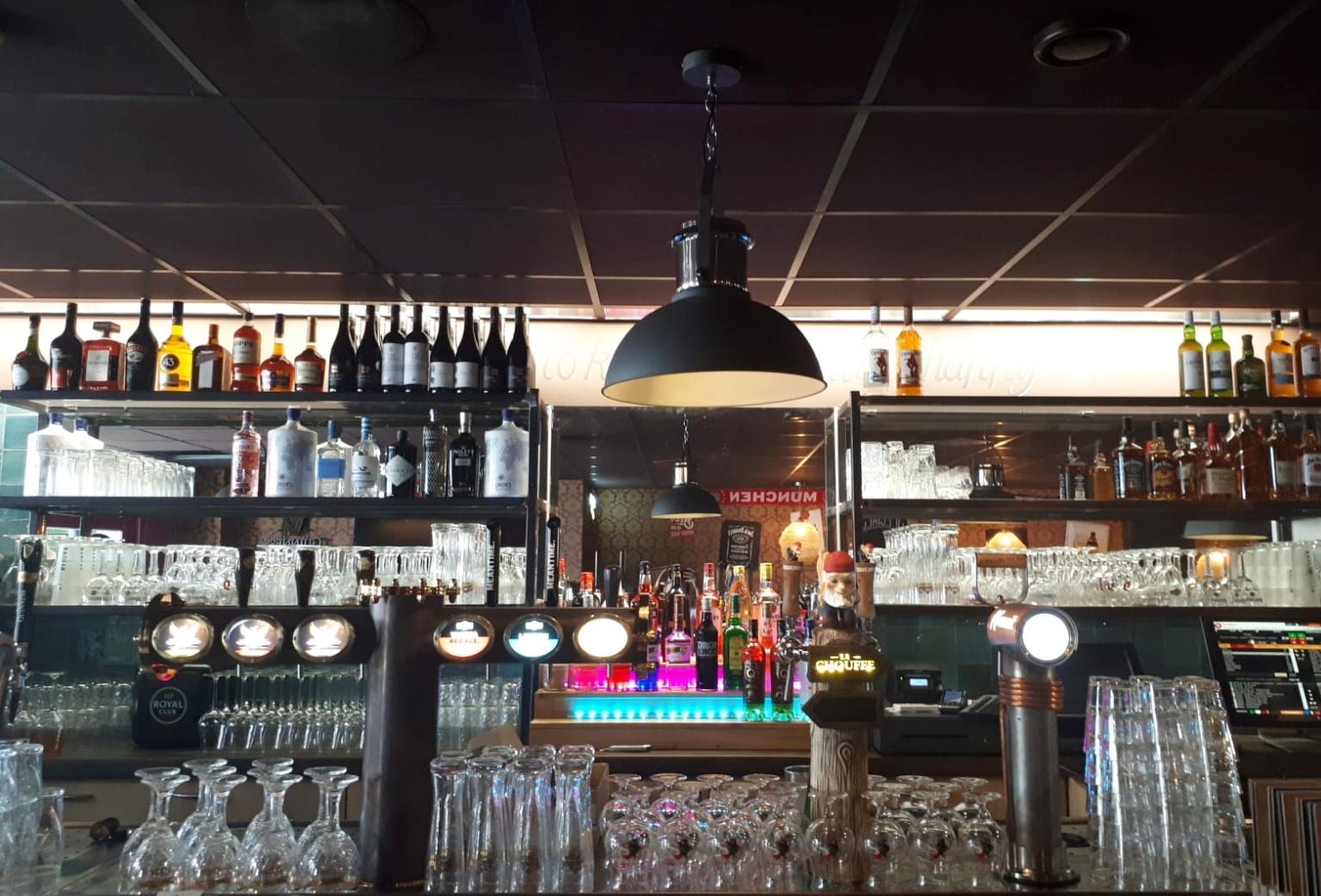 harbour pub oud-beijerland