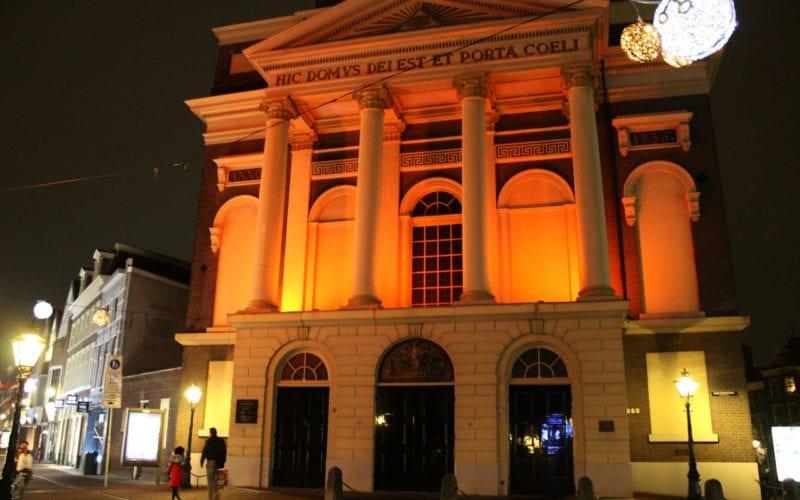 Hartebrugkerk oranje