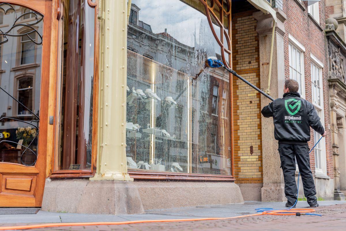 Glasbewassing Maarsmansteeg Juwelier Rob van Gerner