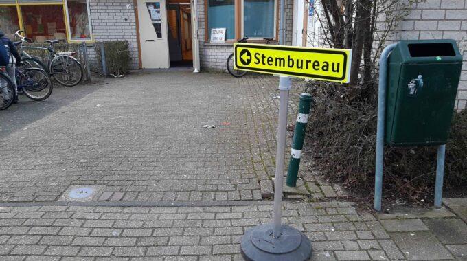 Stembureau stembord stemlokaal