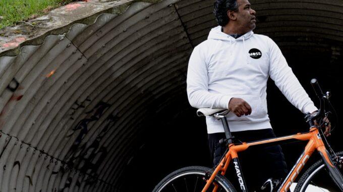 MOSS. fietskoerier Leiden