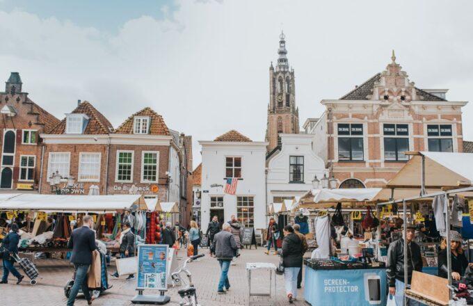 Winkelen - Markt in Amersfoort (Hof)