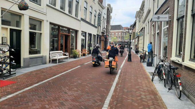 brommer fiets postbode hogewoerd