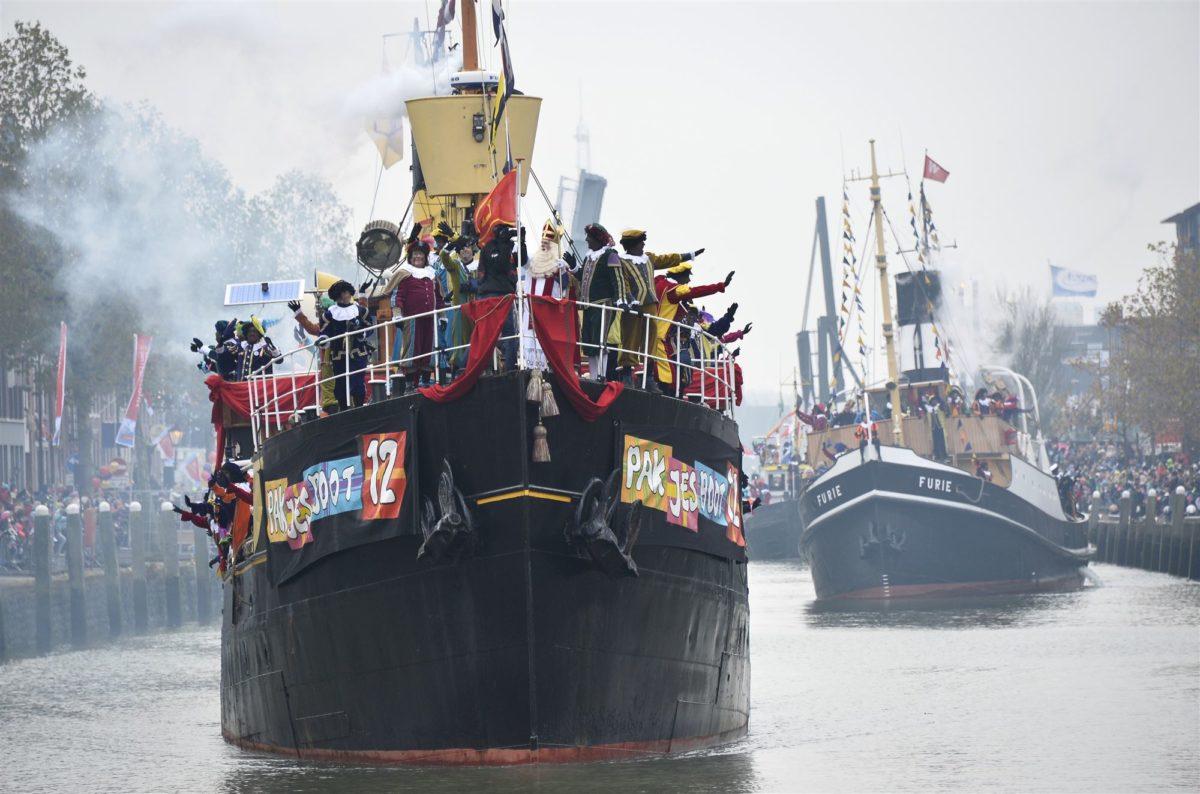 Sinterklaas stoomboot Nijmegen