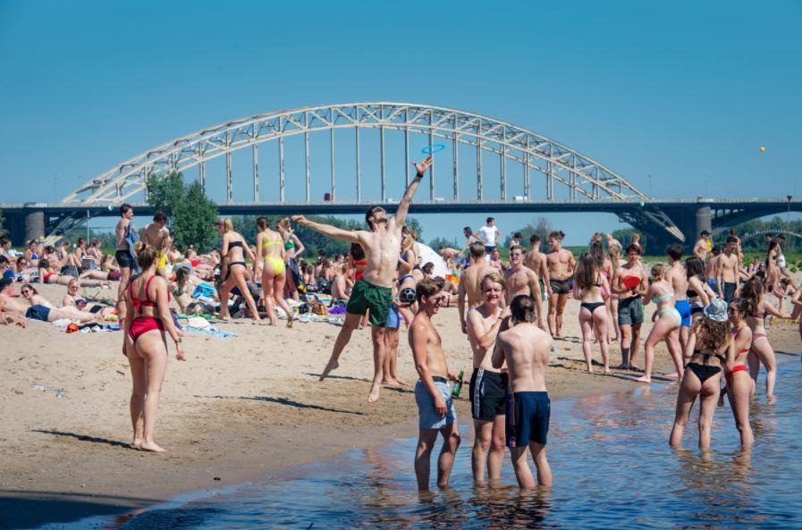 buiten zwemmen in Nijmegen