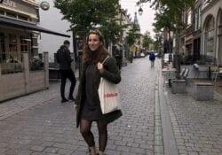 Babs in de stad winkelen hezelstraat 2