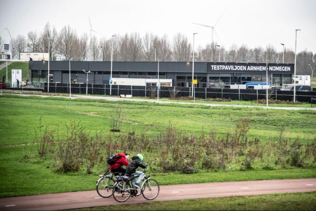 XL-coronateststraat bij Nijmegen