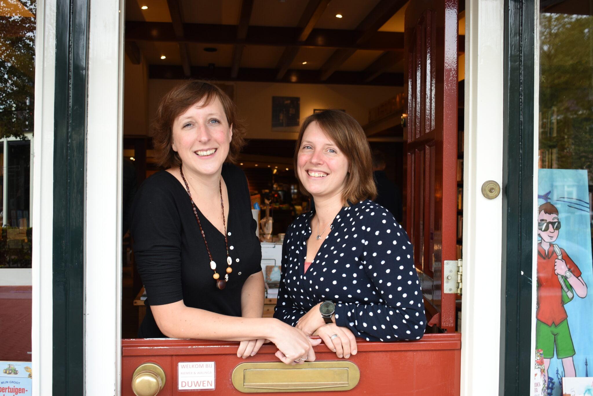 Boekhandel Riemer & Walinga in Ermelo zeven zussen wereldprimeur