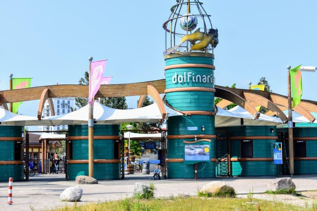 Dolfinarium in Harderwijk dicht gesloten moderne dierentuin dierenpark veluwe dolfijnen stellerzeeleeuw