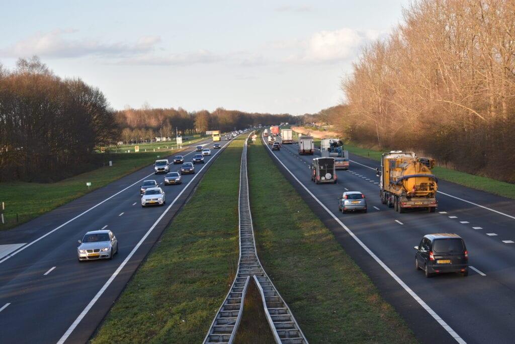 Snelweg A28 bij Ermelo snelheden aangepast