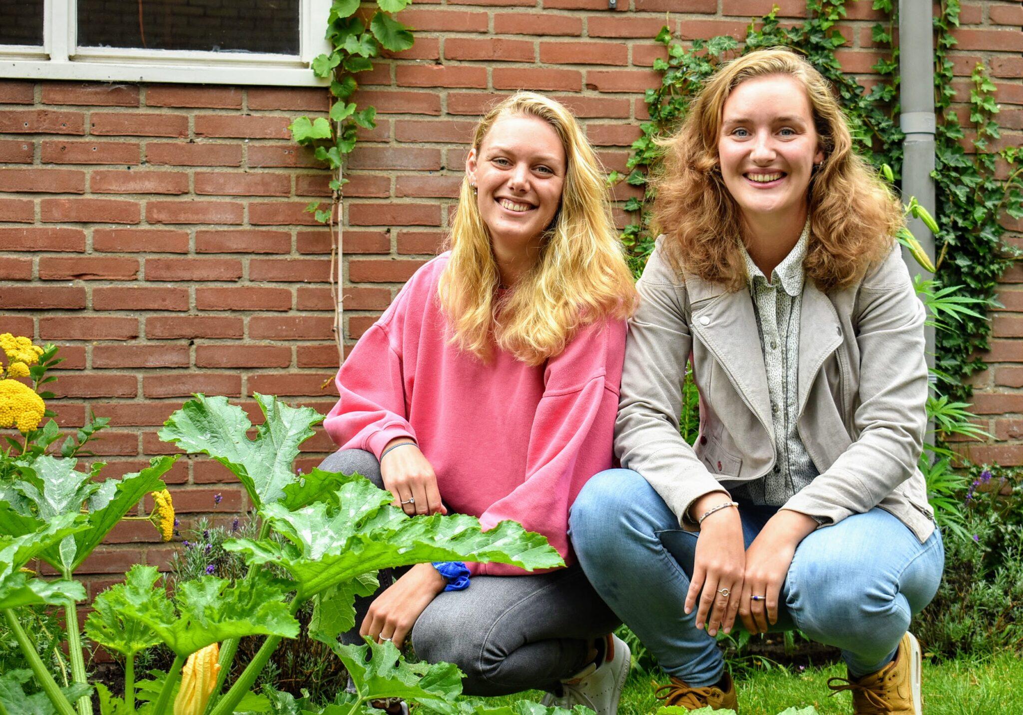 Rosalie (links) en Wieteke zijn samen Ecomeisjes gestart ermelo