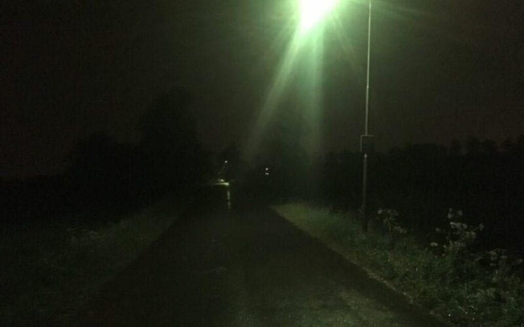 groene straatverlichting lantaarnpalen lantaarn groen