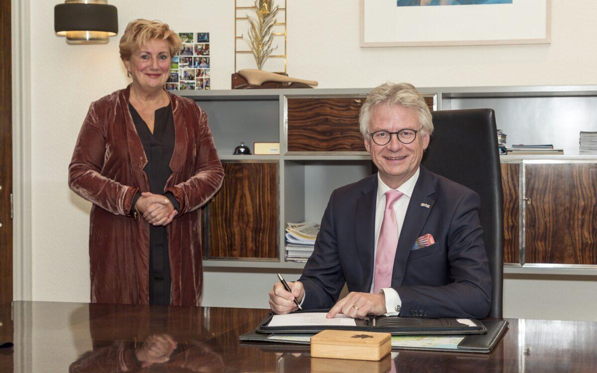 burgemeester ermelo harderwijk Dorine burmanje indebuurt gemeente