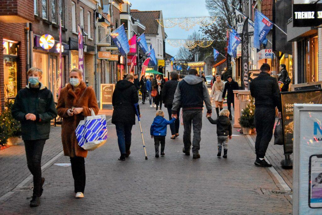 shoppen harderwijk drukte december