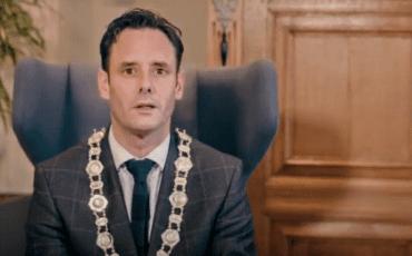 nieuwjaarsvideo videoboodschap nieuwjaarsfilm harderwijk burgemeester harm-jan van schaik 2021