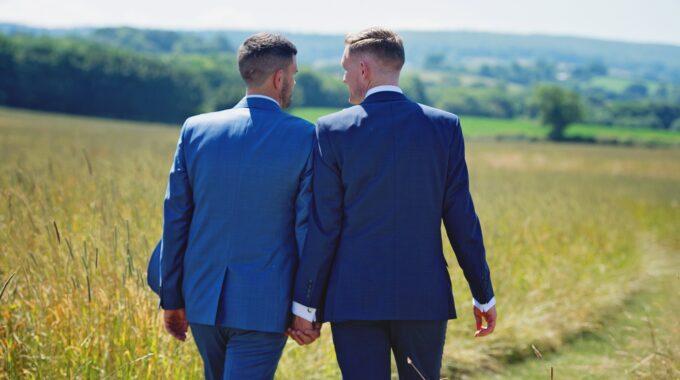 regenbooghuwelijk harderwijk ermelo putten cijfers homohuwelijk