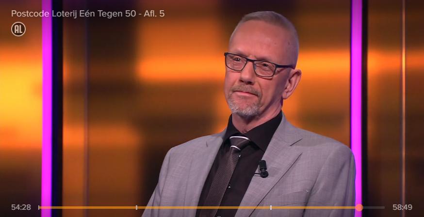 Arie op tv. Still uit Postcode Loterij Eén tegen 50 op RTL Xl