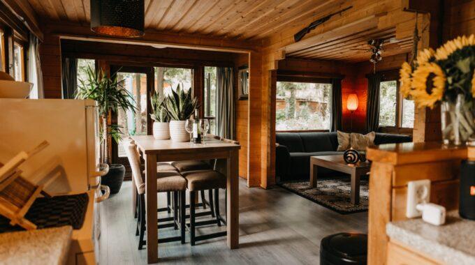 Boshuisje 3 in Putten staat in Nederlands'meest favoriete landelijke Airbnb accommodaties van 2021