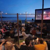 buitenbioscoop strandeiland cinema walhalla films buiten film kijken harderwijk