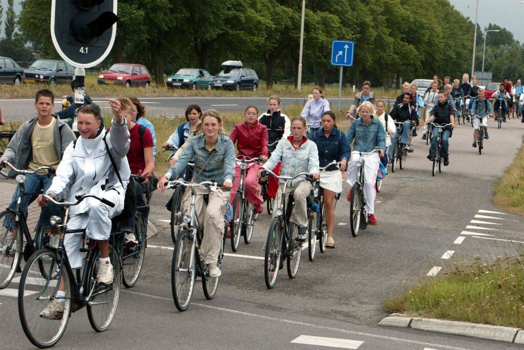 fietsen naar school harderwijk ermelo putten