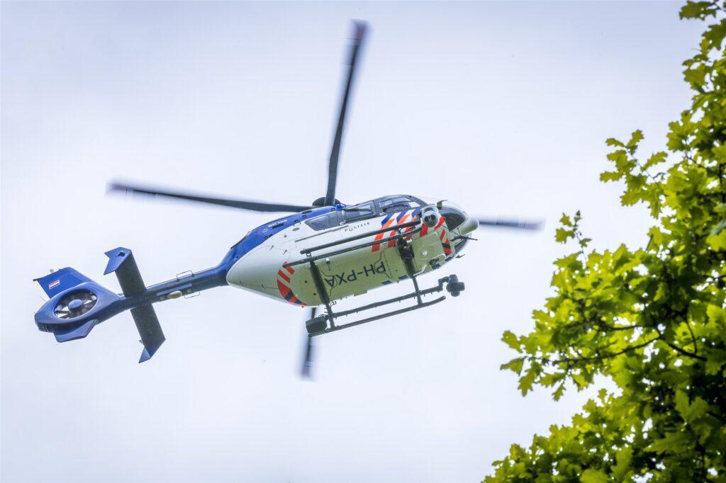 politiehelikopter boven putten