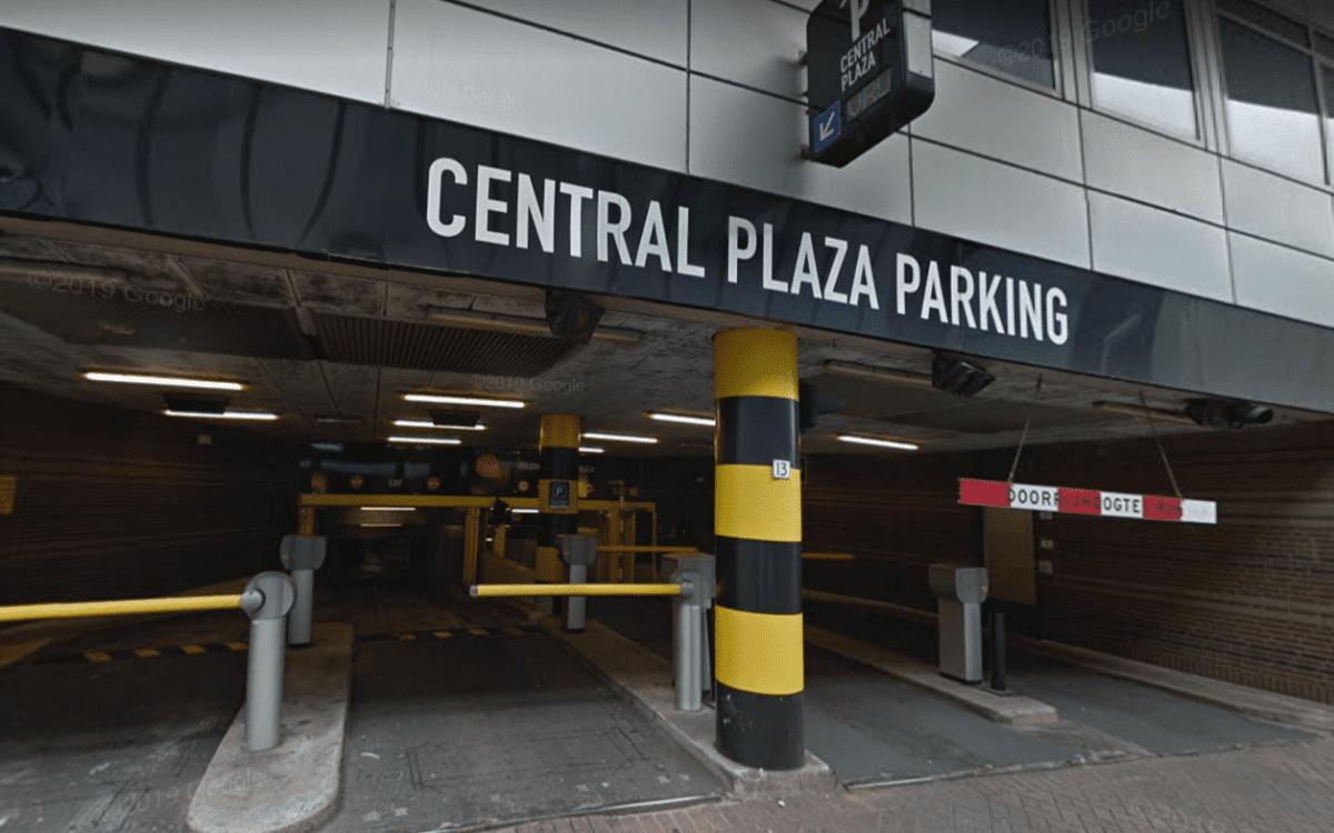 Parkeergarage Central Plaza - Google Streetview