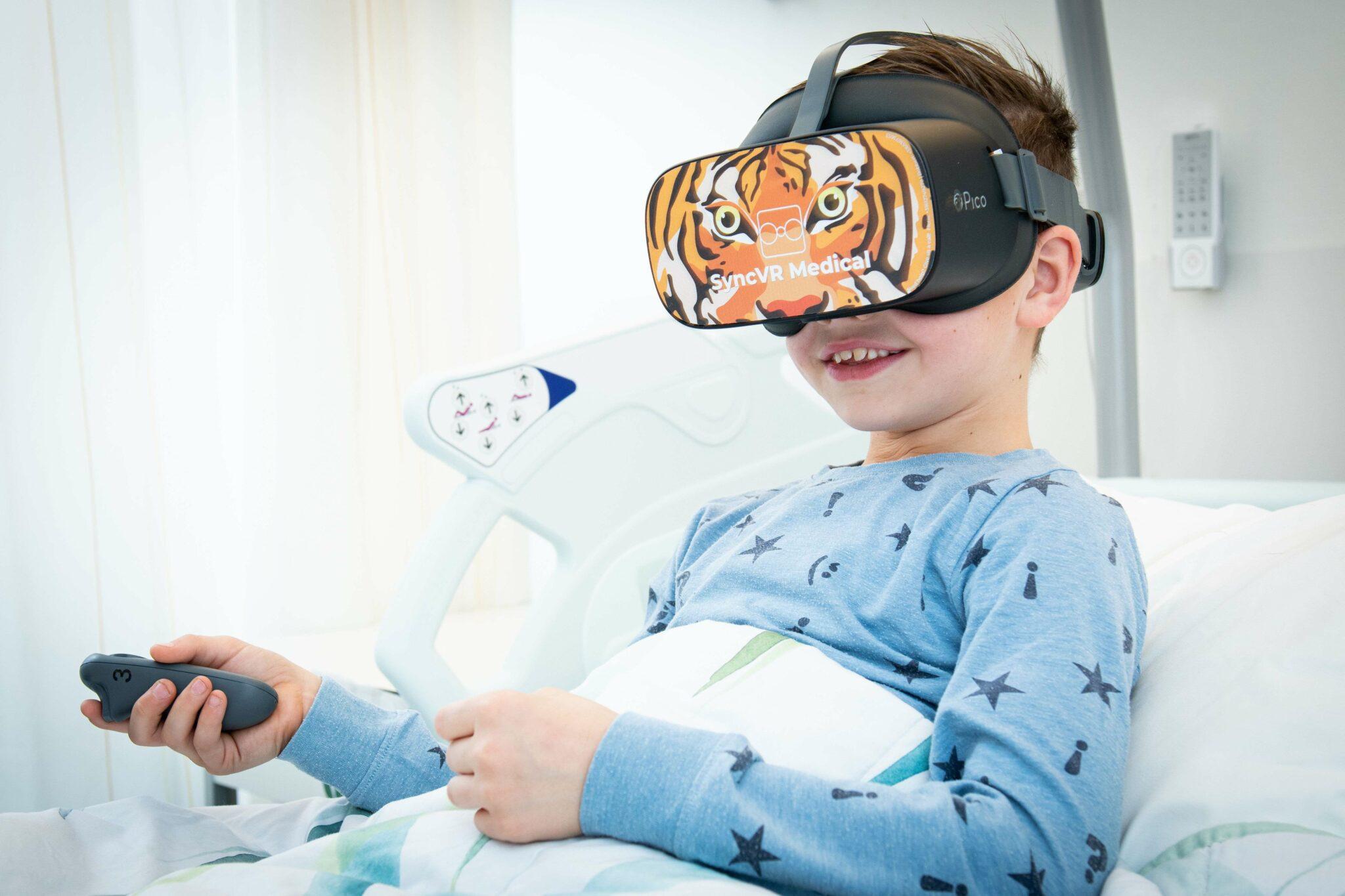VR-bril kinderen ziekenhuis Franciscus Gasthuis en Vlietland