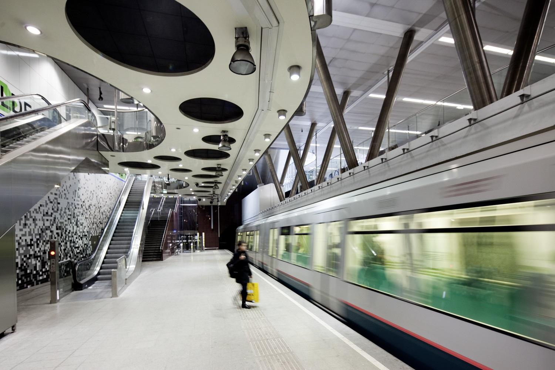 RET avondklok openbaar vervoer Rotterdam