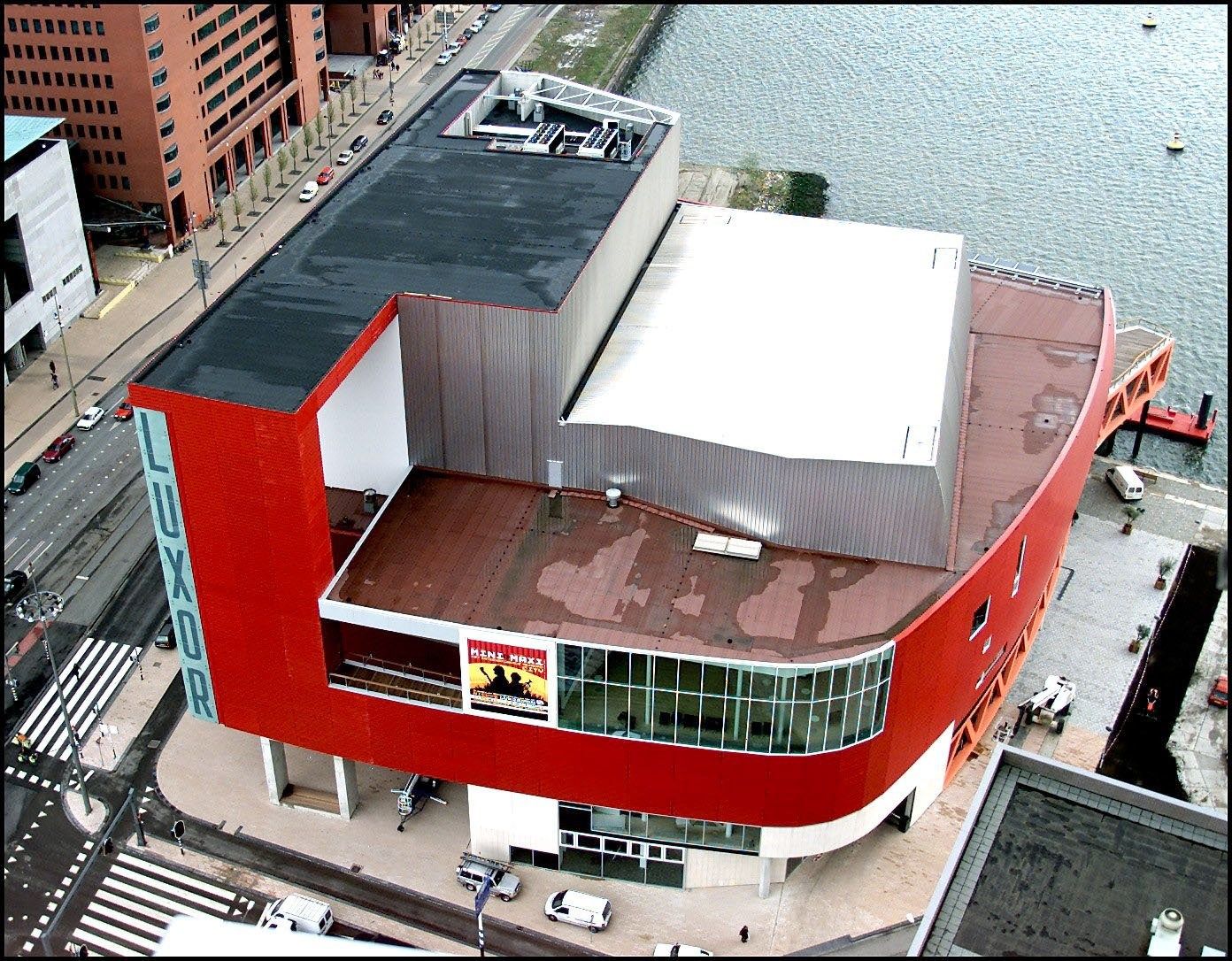 nieuwe luxor theater bovenaf