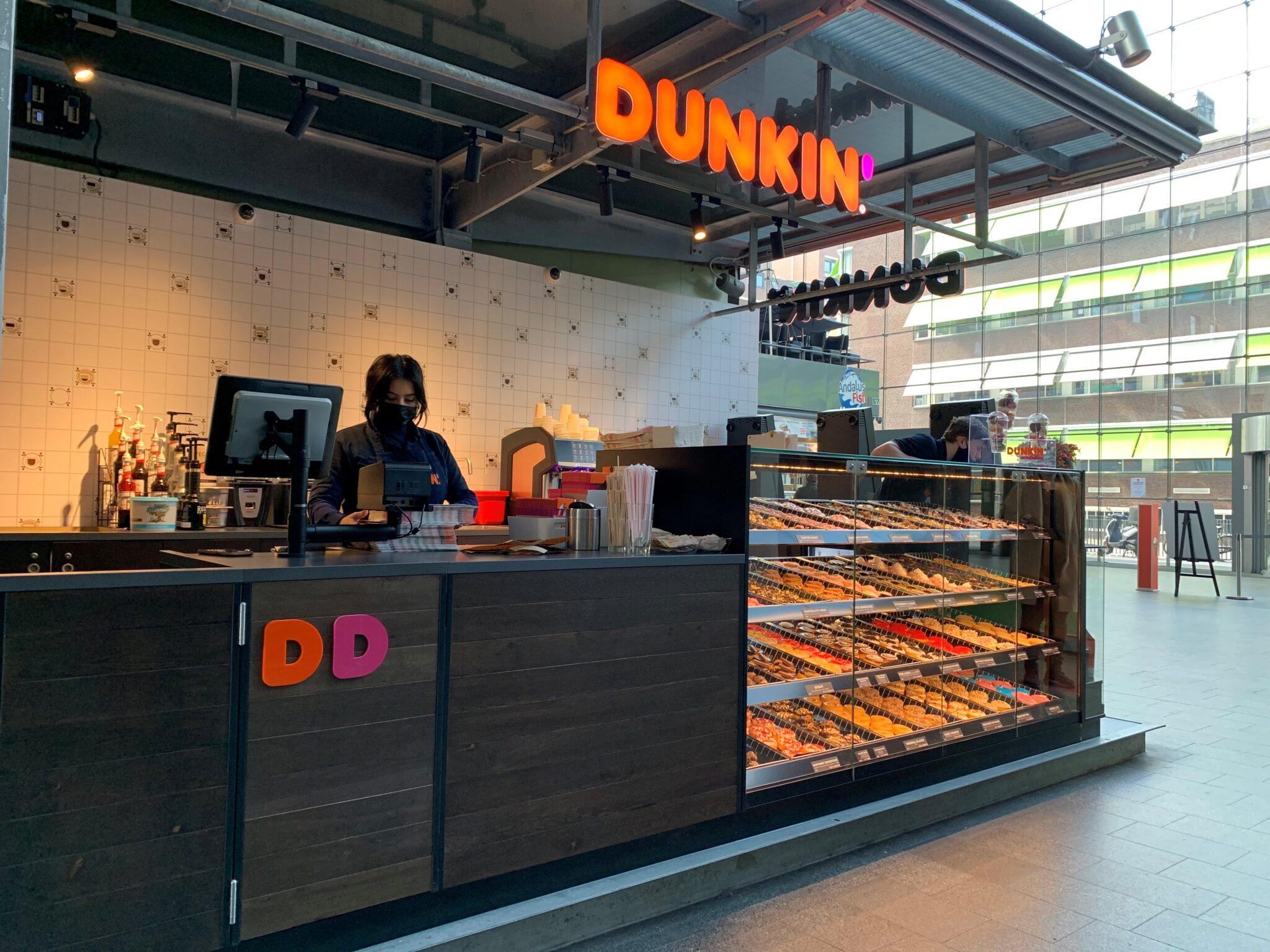 Dunkin' Donuts zijaanzicht Markthal
