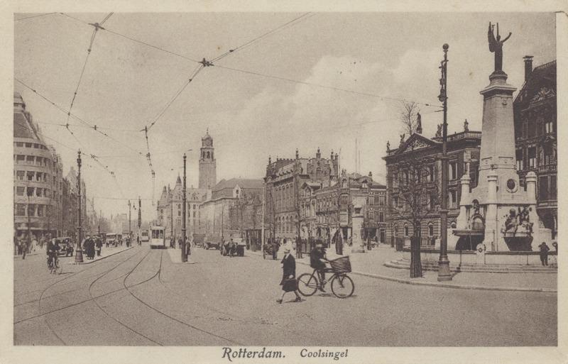 Coolsingel met Calandmonument in 1923