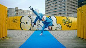 #SWINGALONG_videoclip_IamRedo