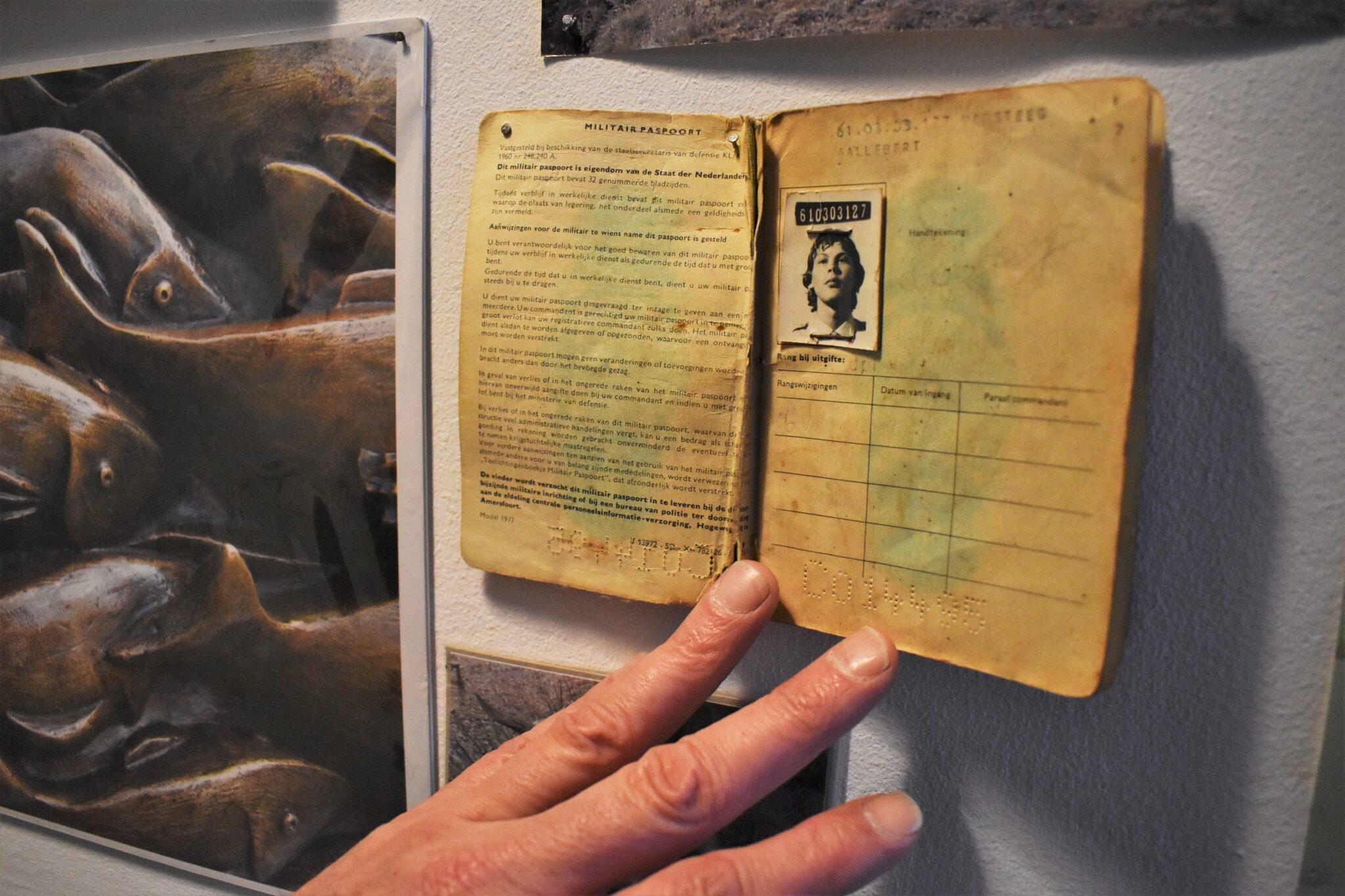 binnenkijken bij ab militaire paspoort