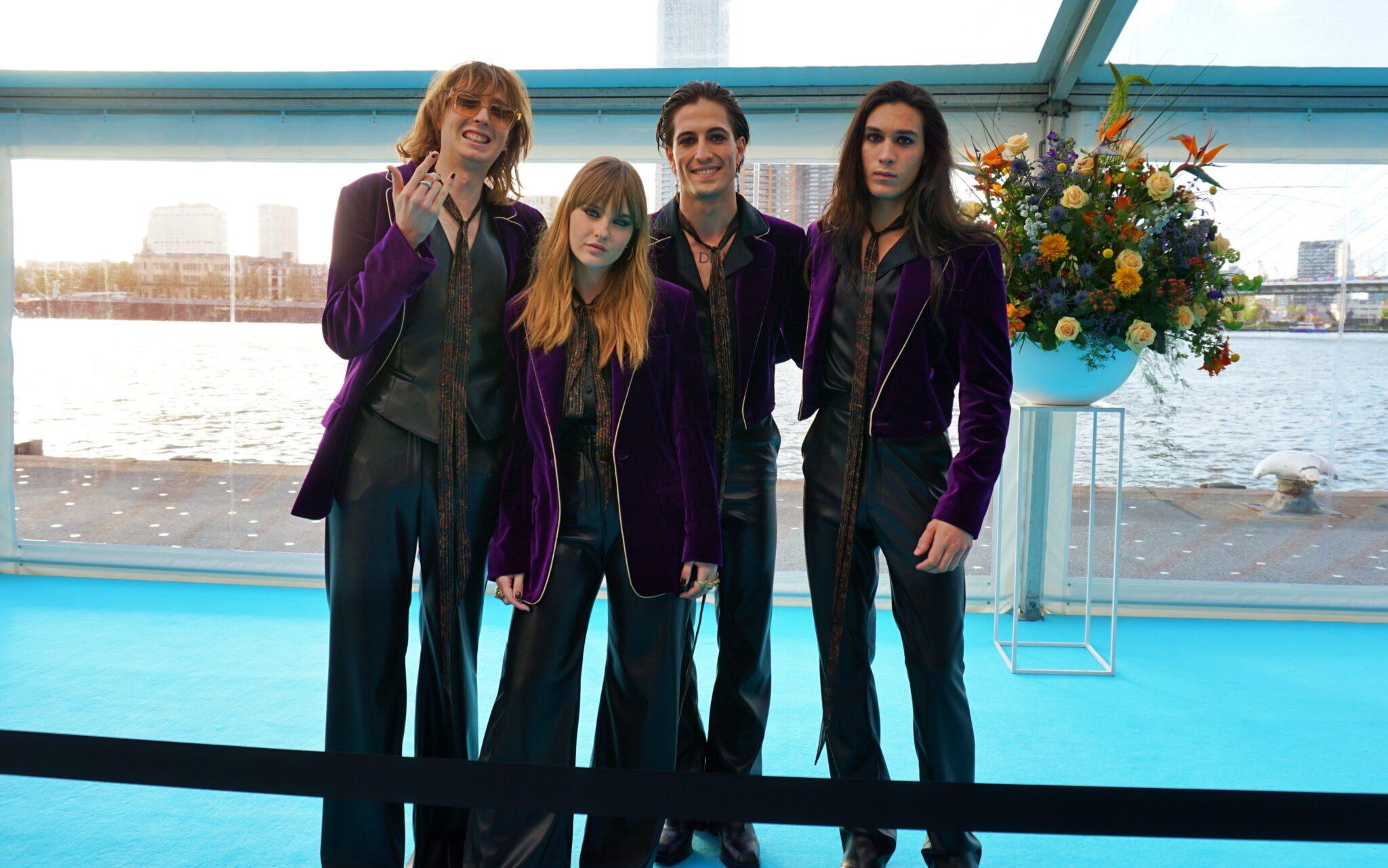 songfestival turquoise carpet