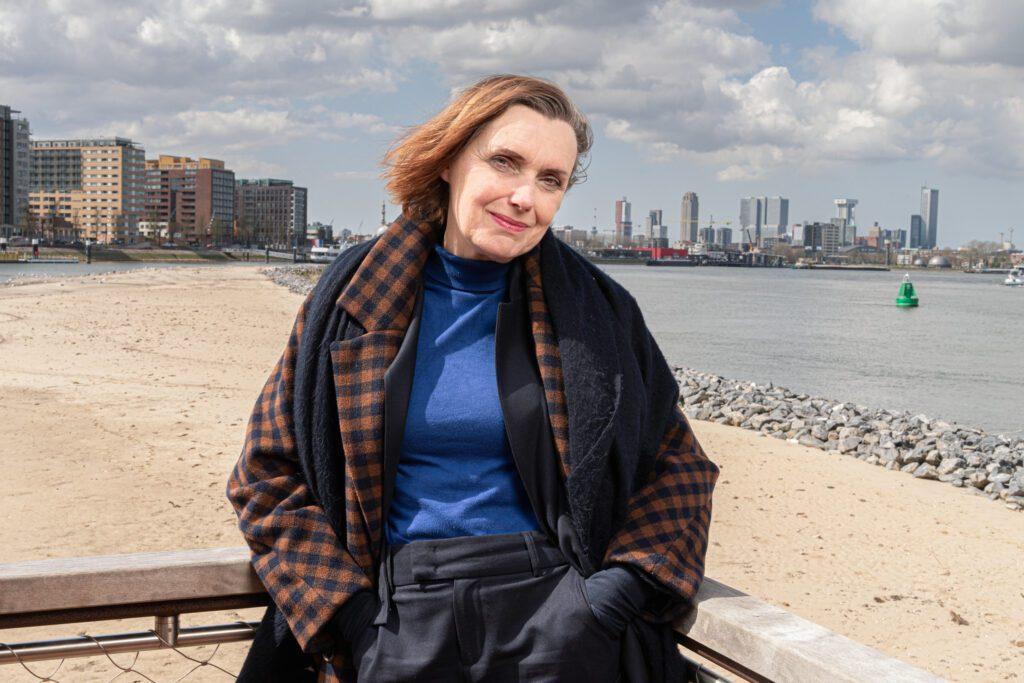 RvdW Anne Vegter stadsdichter van Rotterdam