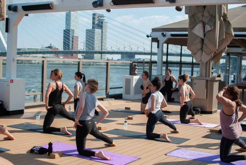 yogaground uitzicht over de maas