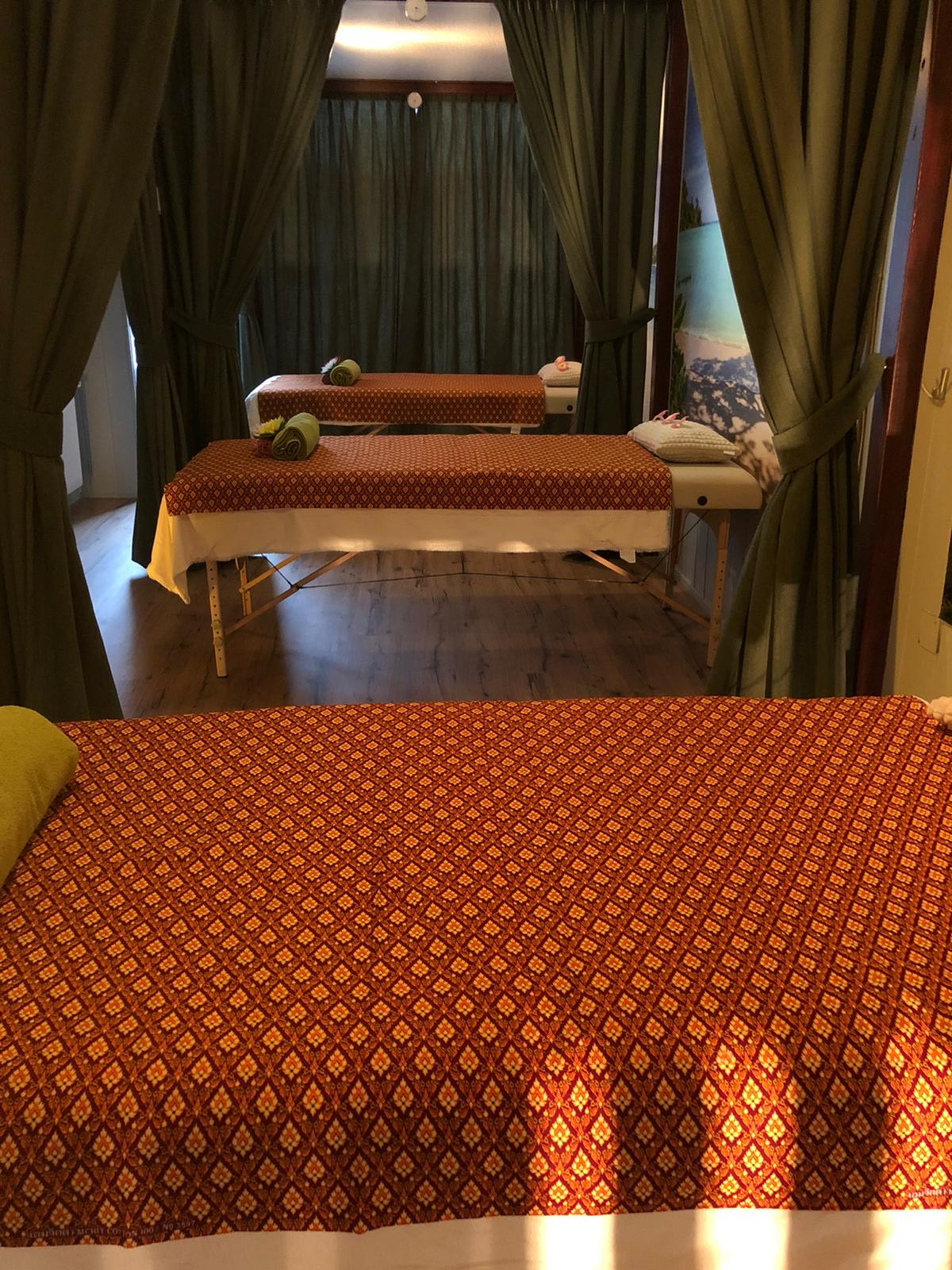 I-Saan Thaise massage Rotterdam Schiedamseweg ontspanningsmassage duomassage
