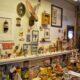 oma's postkantoortje werkbank met knutselwerkjes