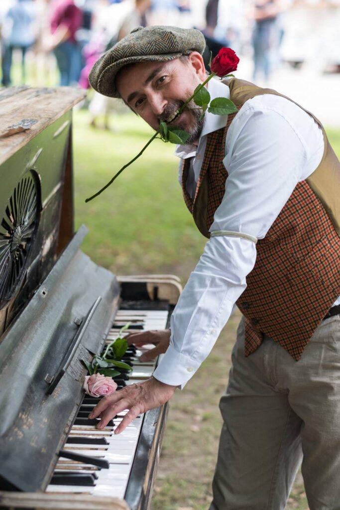 dag van de romantische muziek festival piano roos