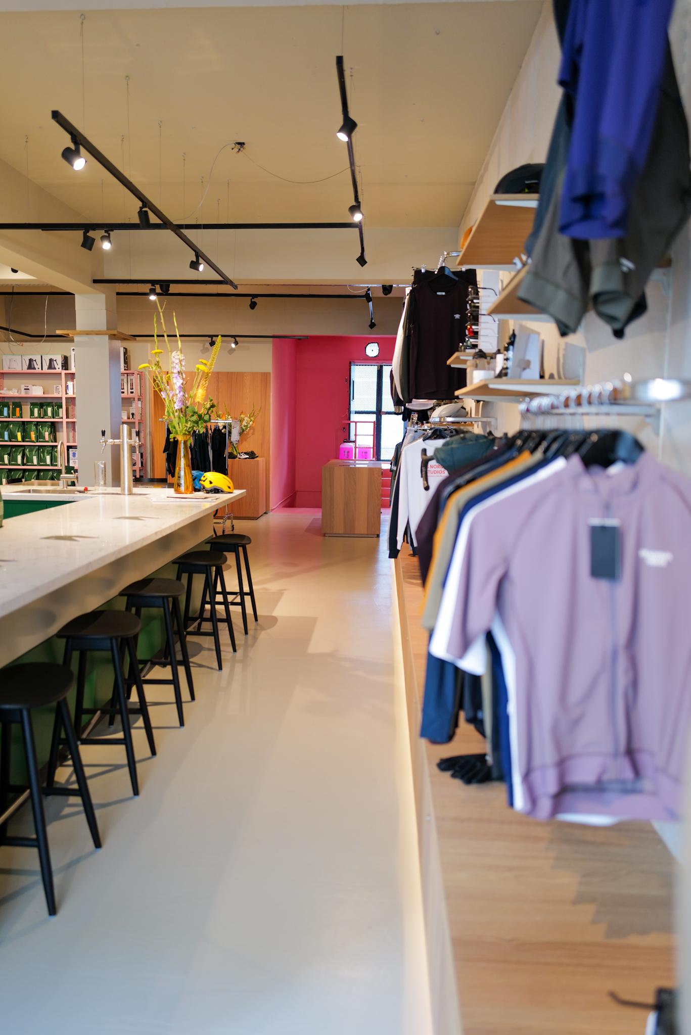 BombaBomba Boutique