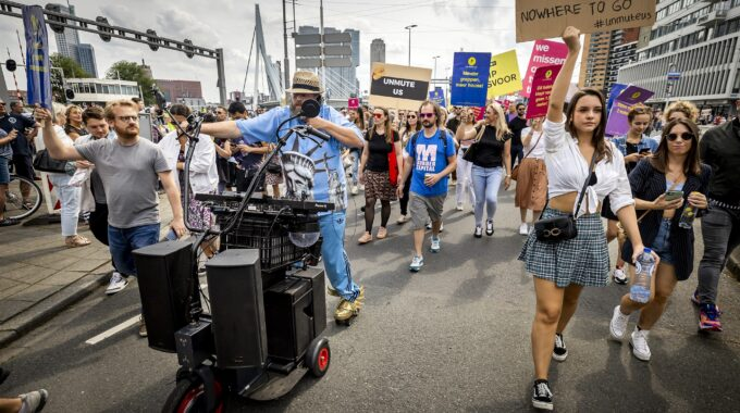 unmute us protestmars
