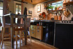 binnenkijken bij annemarie keuken eettafel