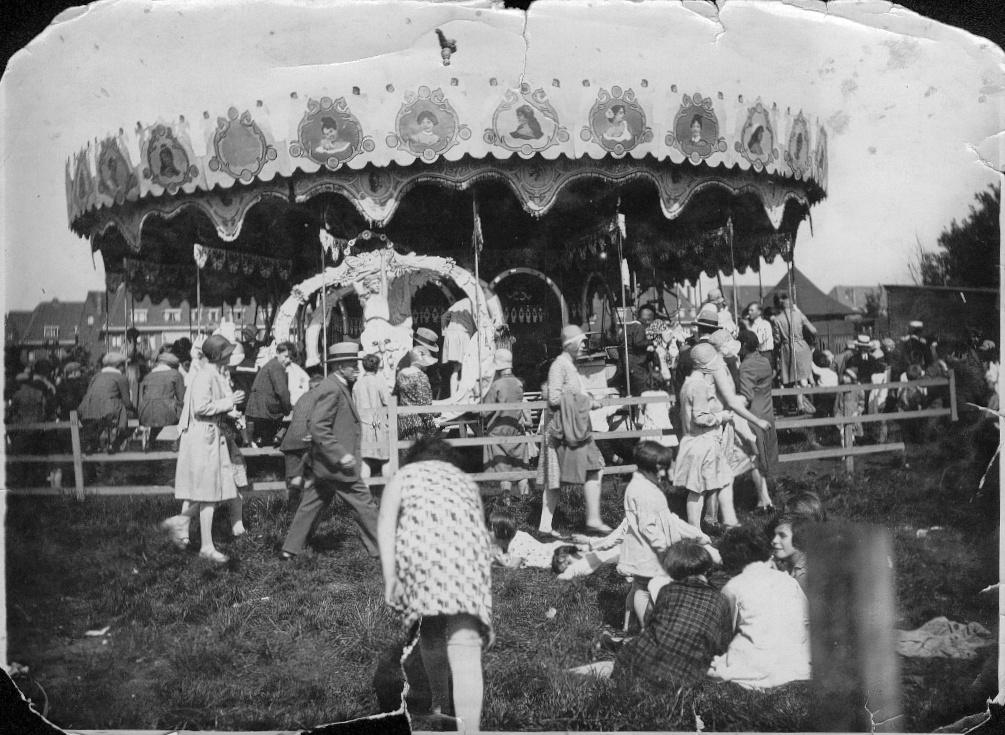carroussel plaswijckpark vroeger