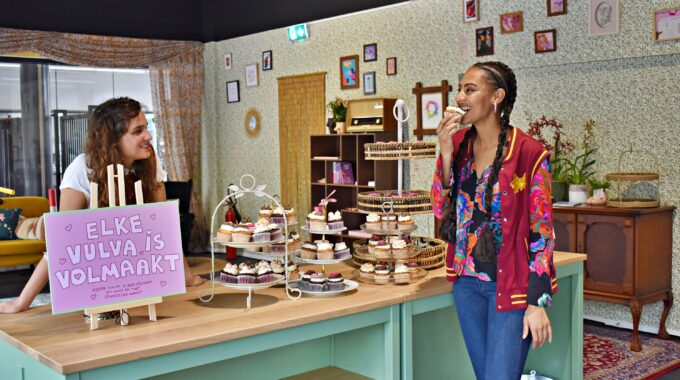 sex education pop up cupcakes hoofdfoto