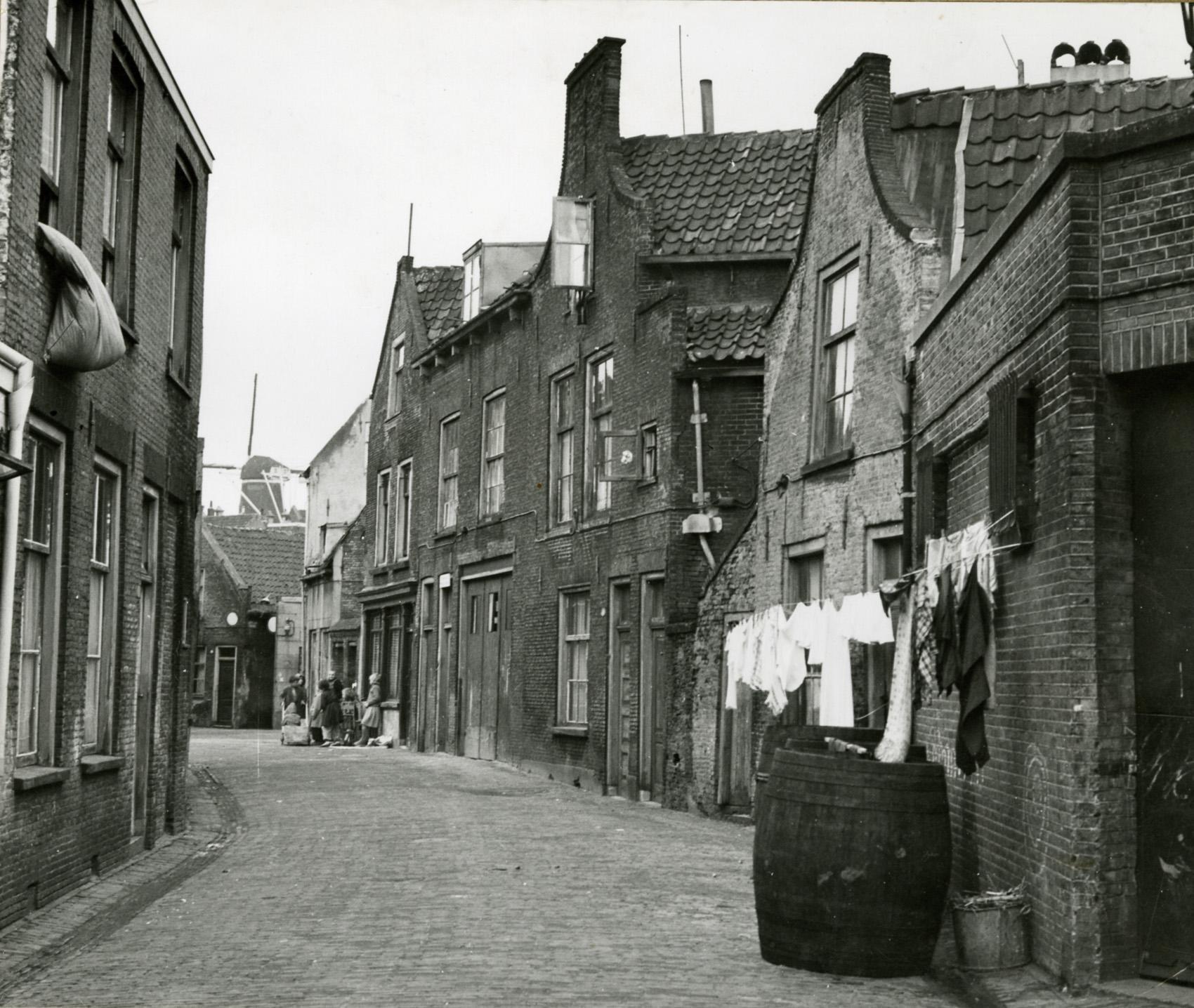Achter de Teerstoof, Bron: Schiedam gemeentearchief