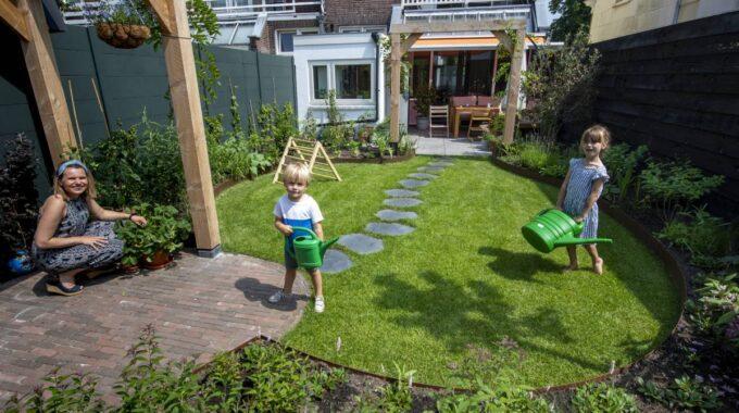 Subsidie vergroenen tuin Schiedam Waterklaar verduurzamen familie Hoogenbosch