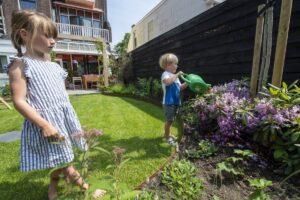 Subsidie vergroenen tuin Schiedam Waterklaar verduurzamen familie geen wateroverlast