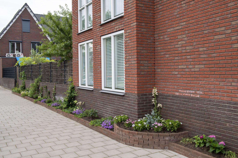 Schiedam Waterklaar, stoeptuin van Dahpne 3