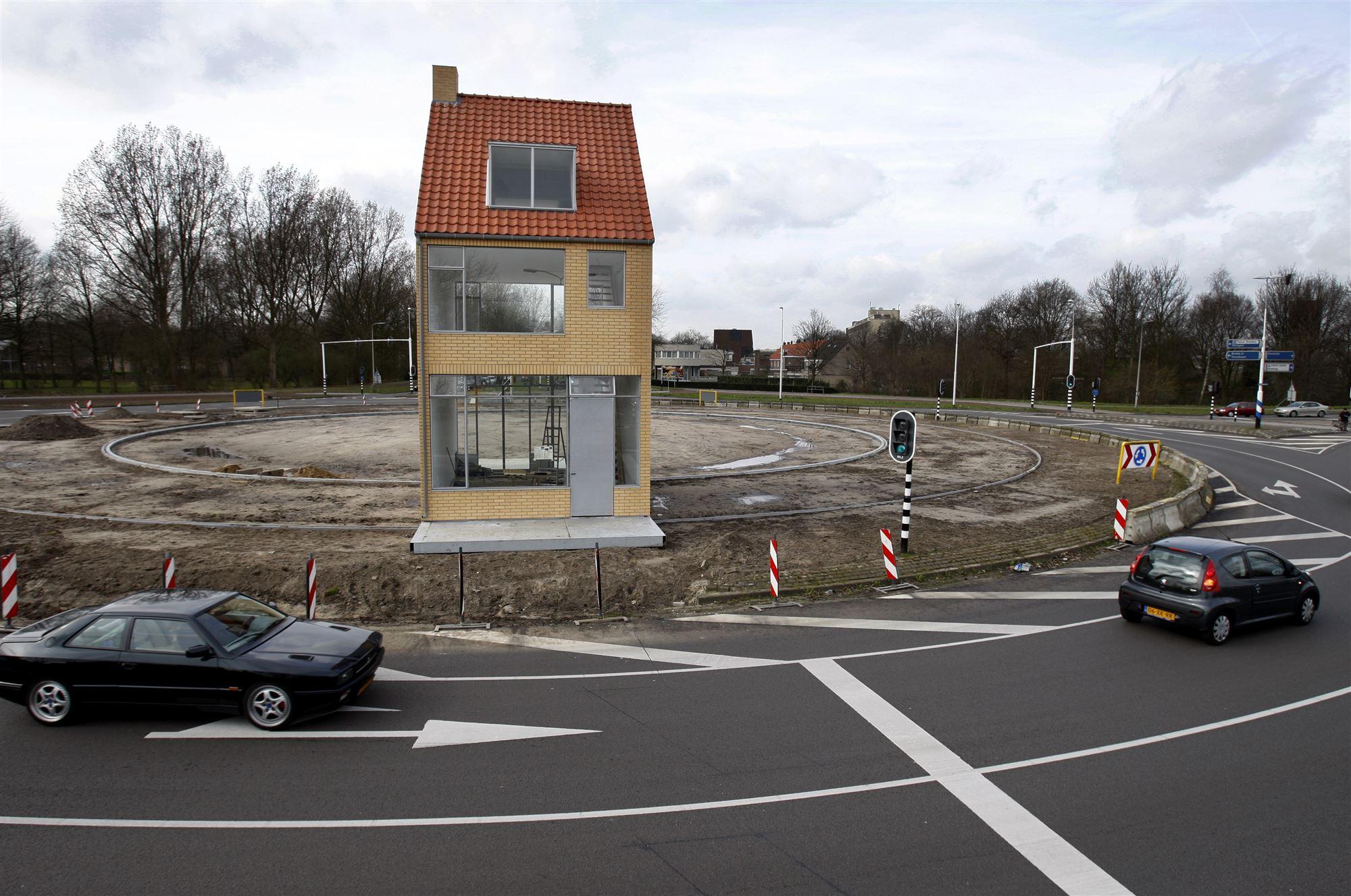 Draaiend Huis Hasseltrotonde Tilburg